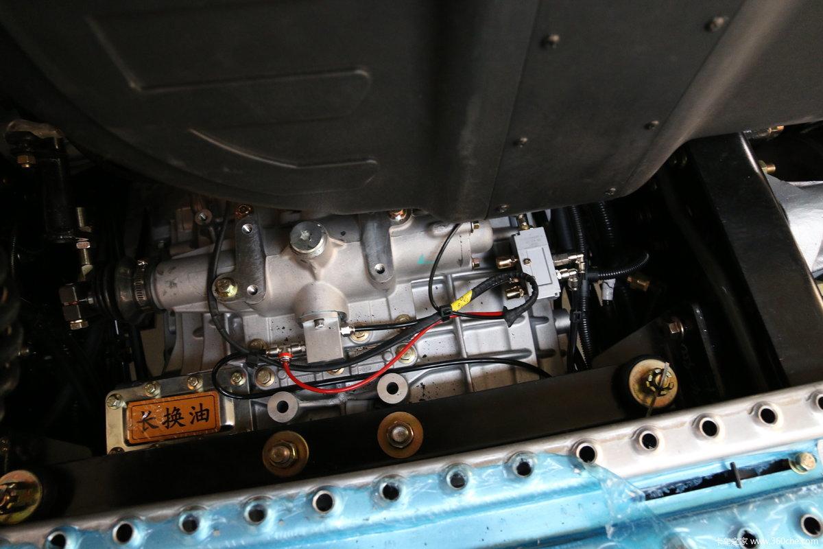 一汽解放 j6p重卡 500马力 6x4牵引车