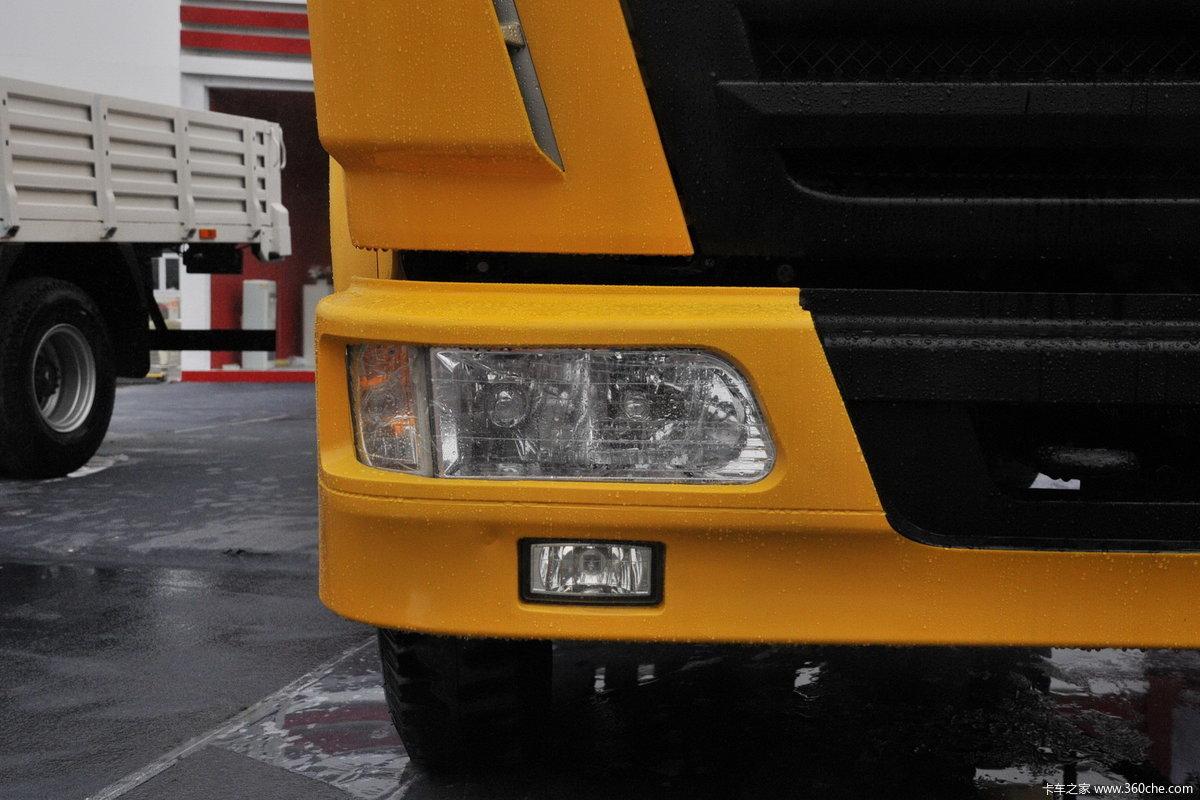 > 2013第十五届上海国际车展 > 金杯汽车展台车型 > 金杯 黄色自卸车